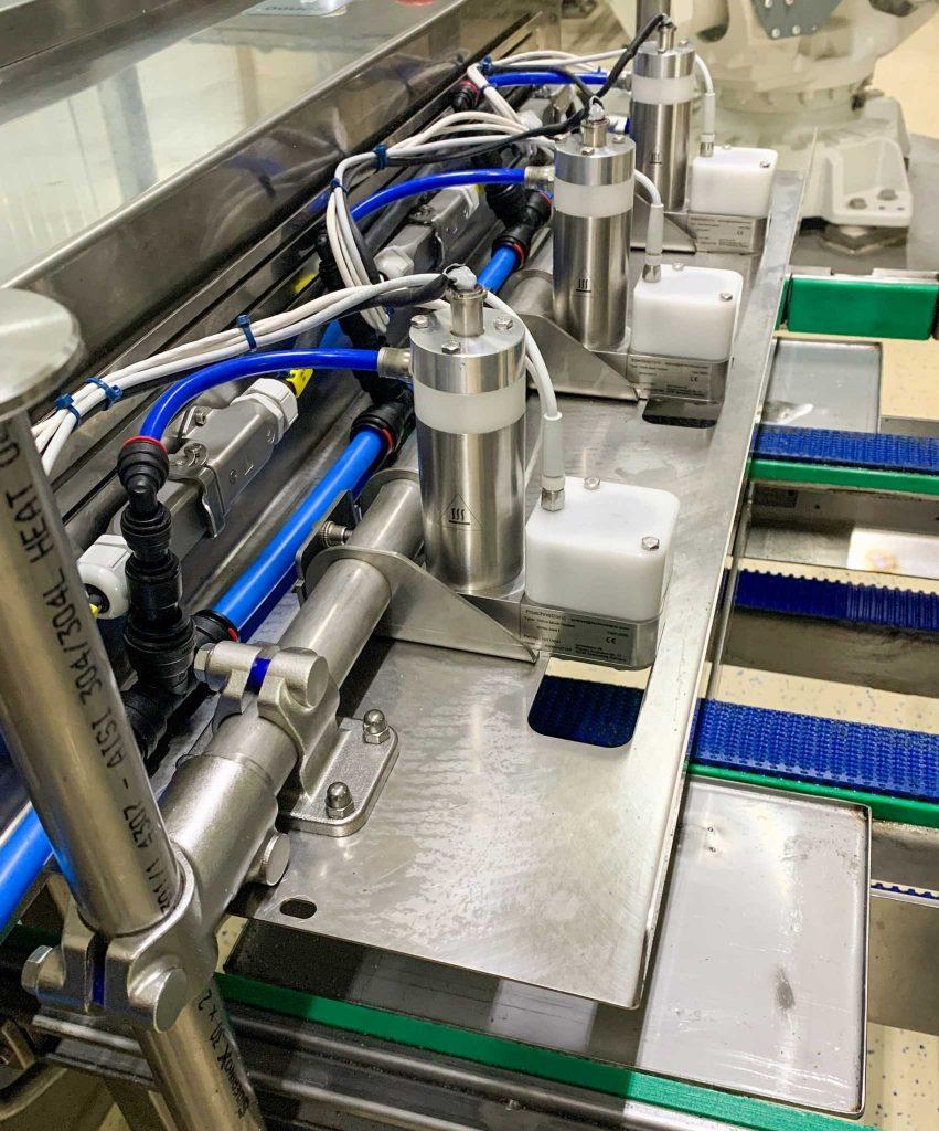 Präzise Beölung für Lebensmittelherstellung: technotrans entwickelt neues Sprühsystem